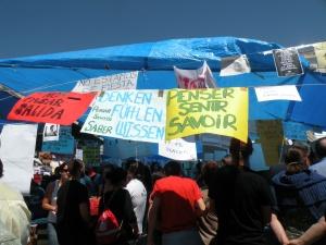 imagine de pe durata protestelor indignaților Spaniei, începute în mai 2011